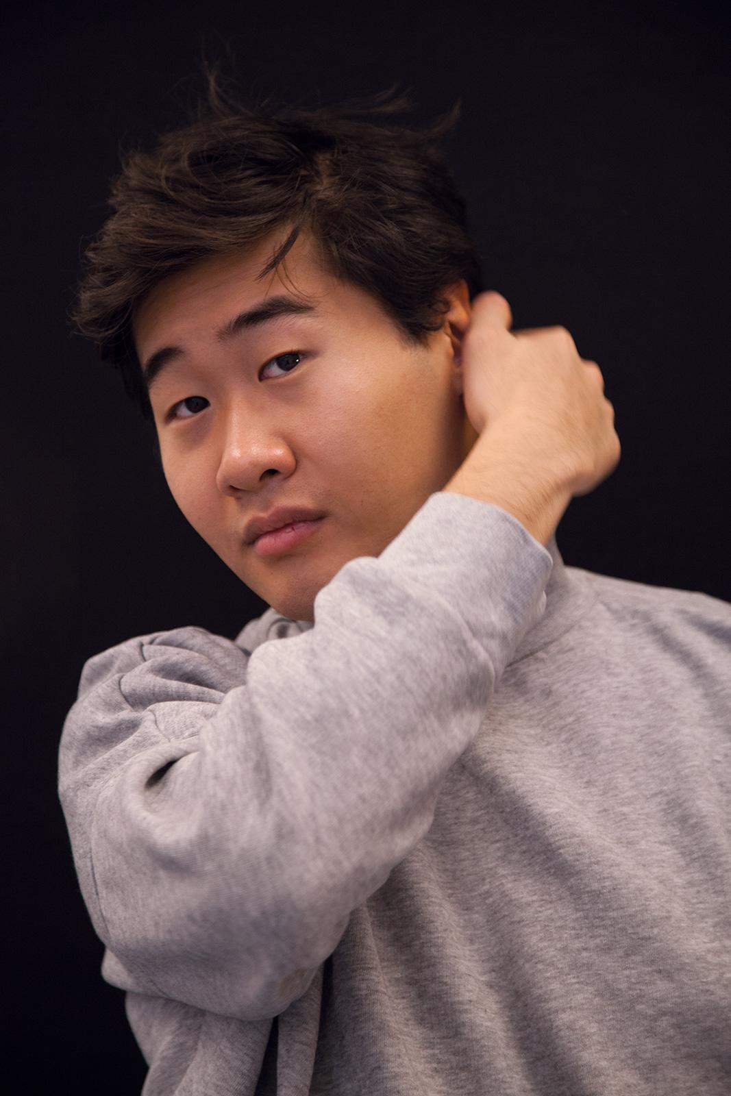 Juewen Zhang